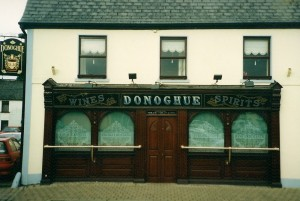 On the night of the 1911 Census, Helen and her parents were living in 24, Market Square, Portlaoise, now best known to locals as the site of Donoghue's pub.